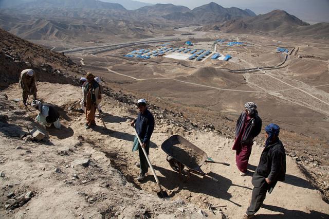 Diggers at Mes Aynak, Afghanistan